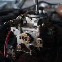 Máquina de ultrasonidos para limpiar carburadores