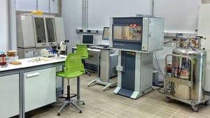 Limpieza laboratorios de investigación universitaria